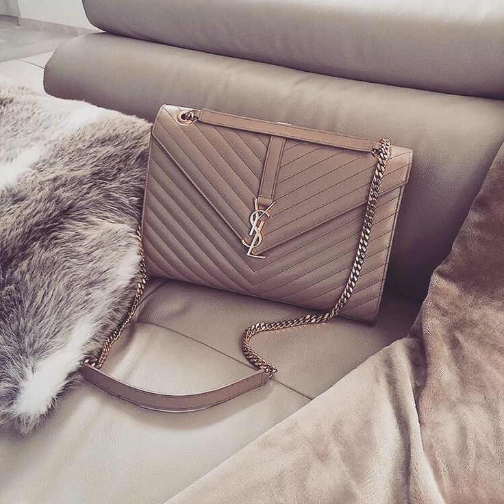 tyffiii.•.♡ Follow me on IG at stef.s_style for daily fashion lifestyle updates of myself - Handbags & Wallets - amzn.to/2hEuzfO