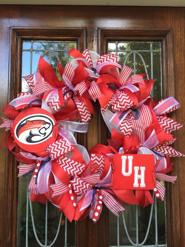 Custom made University of Houston wreath. Made with hand painted signs, embroidery lettering and official decal.