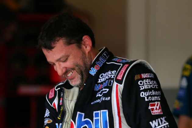 Tony Stewart Takes the Blame for the Wreck at Talladega: NASCAR News  http://sports.yahoo.com/news/tony-stewart-takes-blame-wreck-talladega-nascar-fan-100800513--nascar.html