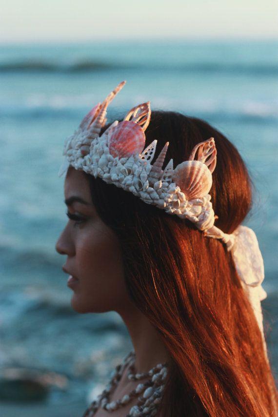 Sichelförmige Mermaid Krone von wildandfreejewelry auf Etsy