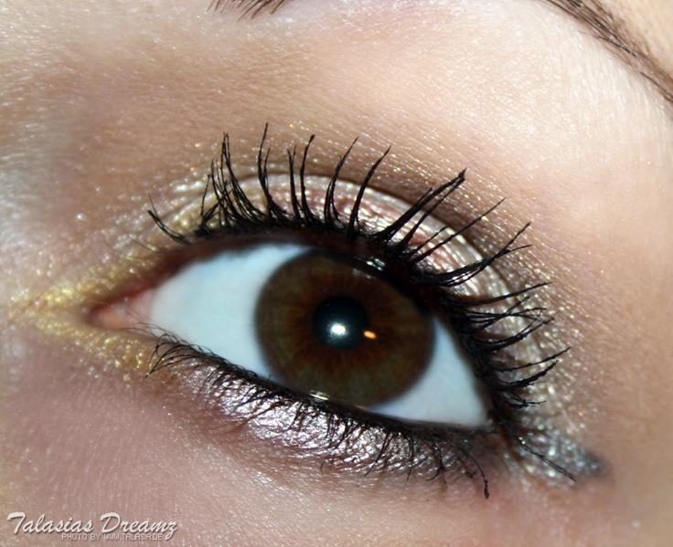agnes b. metallic liner make up, more photos http://www.talasia.de/2012/11/08/agnes-b-lidstift-metallic-kollektion-gold-hoch-drei/