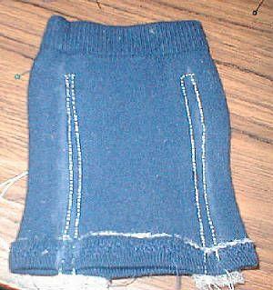 sweatersleevesew.jpg