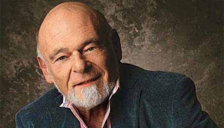 """Sam Zell Is Stumped: """"For Amazon's Value To Be Justified, It Has To Be Worth 25% Of The US Economy In 5 Years"""" https://betiforexcom.livejournal.com/28079983.html  When it comes to the last financial crisis, few timed the peak quite as well as Sam Zell, who sold his Equity Office Properties Trust, the largest office REIT, to Blackstone in 2007, literally days before the bottom fell out of the market. So, with Gol...The post Sam Zell Is Stumped: """"For Amazon's Value To Be Justified, It Has To…"""