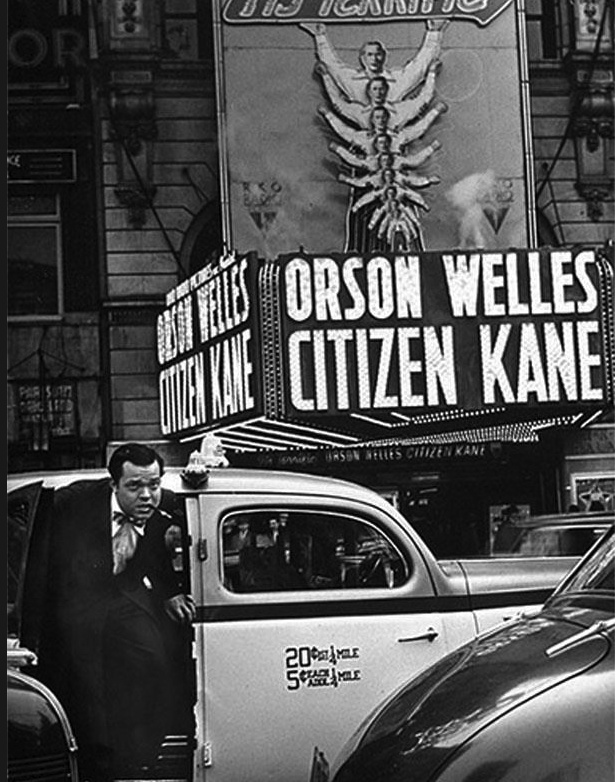 an analysis of orson welles film citizen kane Citizen kane won attention partly because it has plenty of both, and in  a series  of analytical cuts, or they might be part of a shot/ reverse shot pattern  otto  hullet, barbara o'neill, and orson welles in sidney kingsley's ten.