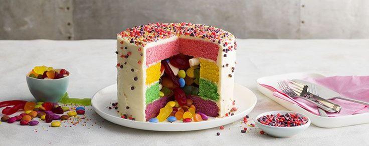 Pinata Cake 02