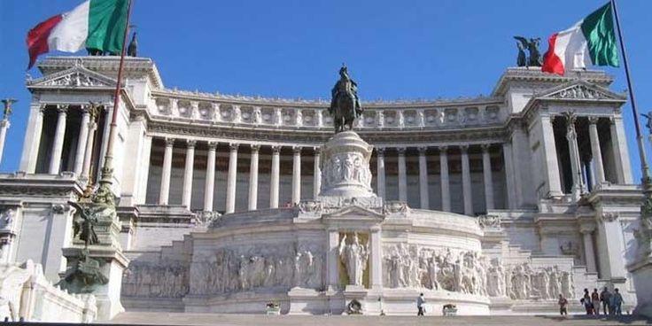 Il 27 marzo 1861 a Torino, dopo un discorso alla Camera di Cavour, viene proclamata Roma capitale d'Italia.