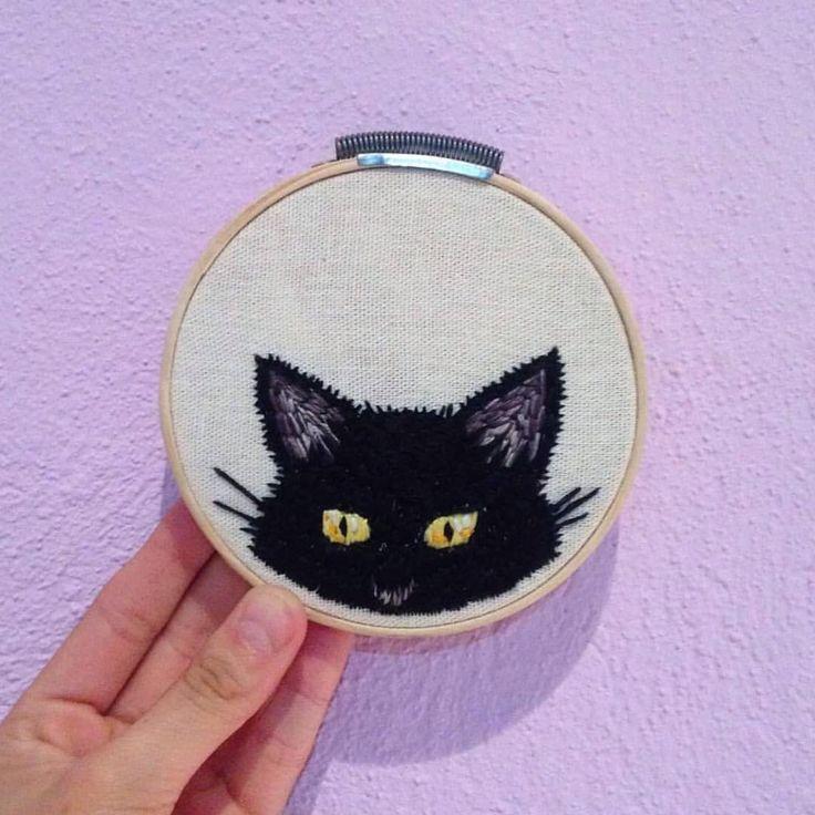 """52 Likes, 7 Comments - BordarOs (@bordaros) on Instagram: """"*Amèlia es la gatita de una amiga y este fue un regalo de cumpleaños para @alineaciones ✨ ¡Si a…"""""""