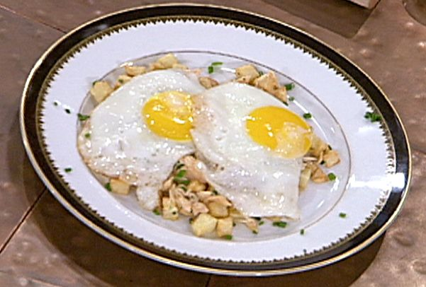 Smoked Salmon Hash with Sunny Side Up Eggs Recipe : Emeril Lagasse ...
