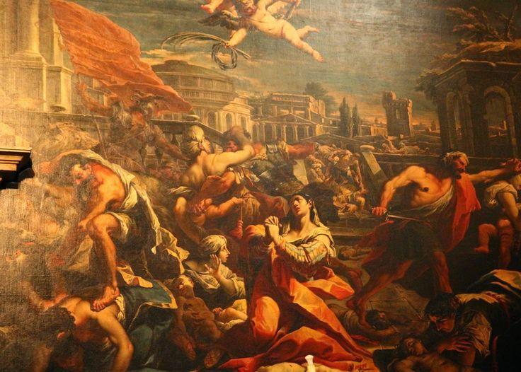 Tal como em Roma, uma das maiores atracções de Veneza é o seu impressionante conjunto de magníficas igrejas. Para os crentes são locais de culto, para os turistas cansados, um local de contemplação e descanso do bulício das ruas e canais da cidade, mas para os amantes de arte, cada uma delas é um verdadeiro museu, exibindo tesouros artísticos na forma de pinturas, esculturas, frescos e mosaicos.
