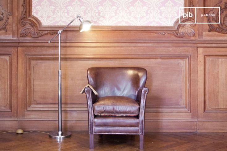 Lampada da lettura orientabile in metallo e molti altri lampade da terra e da lettura da scoprire su PIB, lo specialista in arredamenti, illuminazioni e decorazioni vintage.
