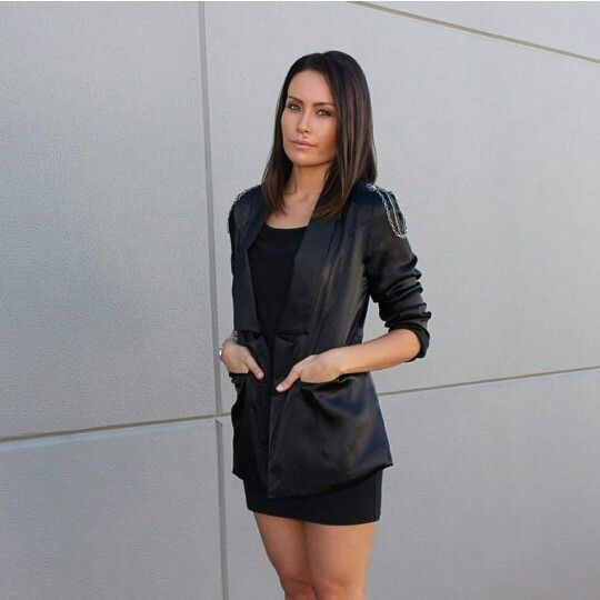 Kim from Style Me Yesterday blog in the Handsome Johnny blazer by Isabel and I - available at isabelandi.com