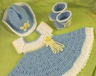 Crochet Green Bay Football Hat And Diaper Cover por 3ThreadinBettys