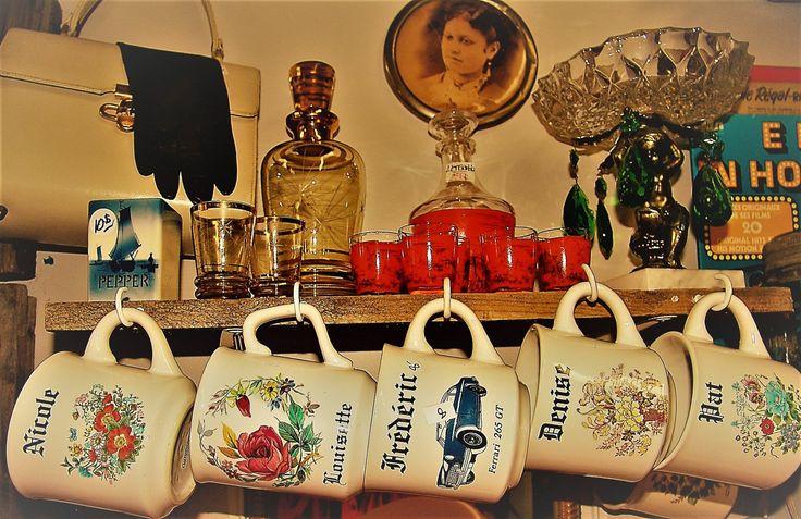 Tasses Vintage avec prénom Nicole, Frédéric, Louisette, Pat 15$ ch