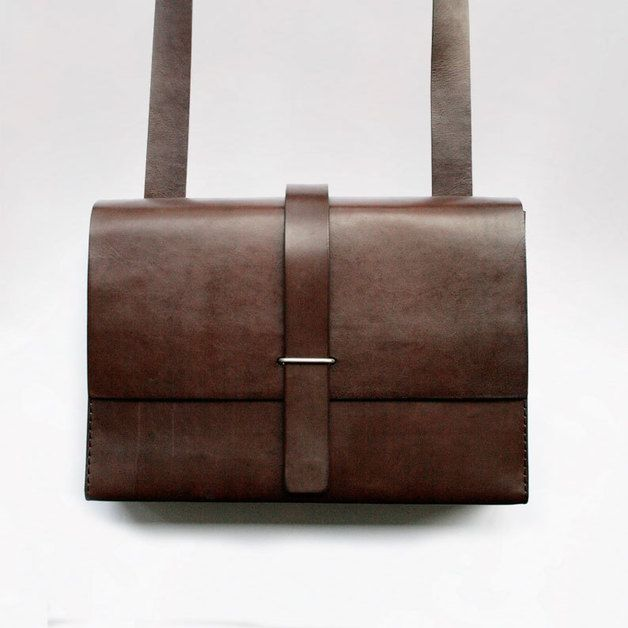 Ledertasche // leather bag by gö ledermanufaktur via DaWanda.com