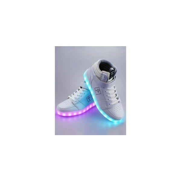 Shoes: batman jordans black sneakers high top sneakers air jordan nike... ❤ liked on Polyvore featuring shoes, sneakers, high top trainers, black high tops, nike, nike trainers and black hi top sneakers