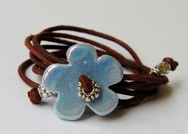 armband bloem licht blauw