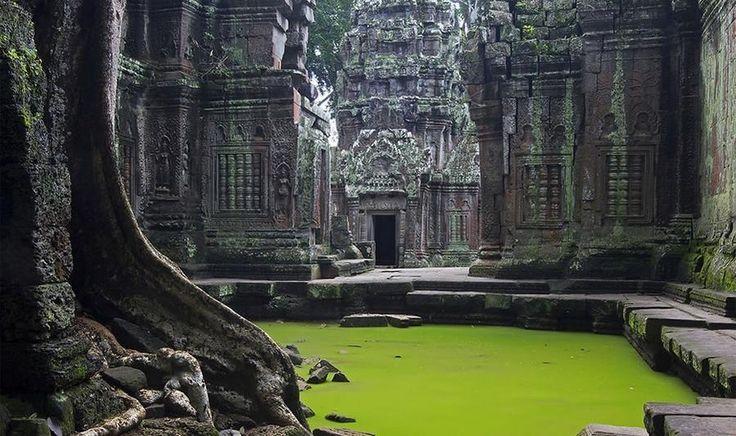Ангкор-Ват — заброшенный храмовый комплекс в Камбодже. Статья: http://free-eyes.com/angkor-vat/