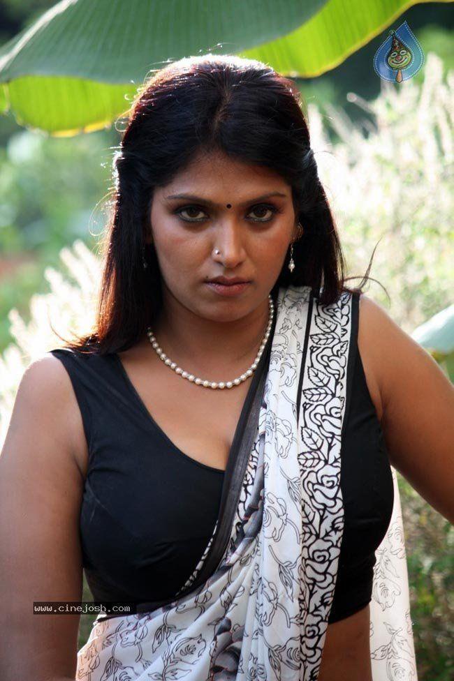 bhuvaneshwari hot pictures