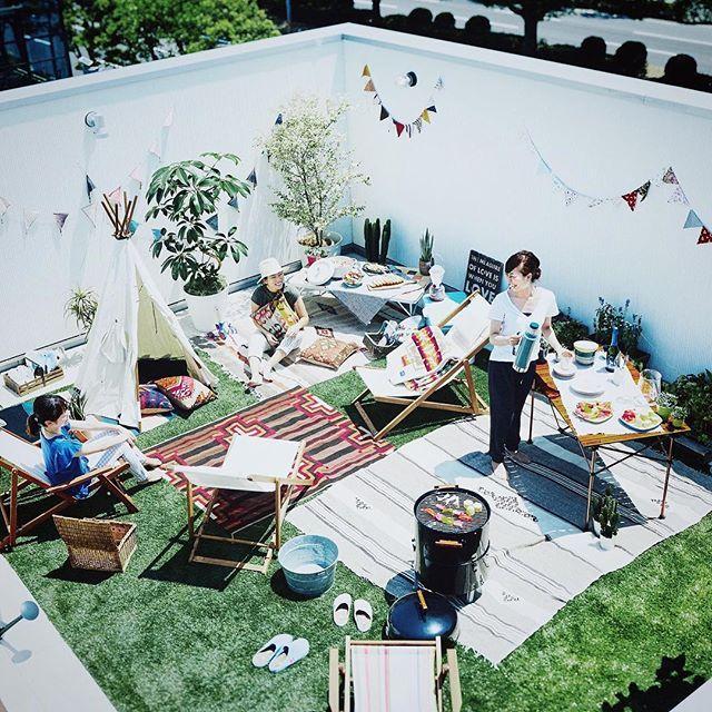 By @orangehouse_tokyo on Instagram ☆2017/06/09 18:25:05 ☆ ☆・ そうだ!おうちキャンプしよう! ・ ゼロキューブのスカイバルコニーは、 周囲の目線が気になりません。 スカイバルコニーで、 贅沢なおうちキャンプを楽しみませんか? ・ #オレンジハウス #オレンジハウス静岡 #オレンジハウス吉祥寺 #orangehouse #建築 #インテリア #architecture #新築 #マイホーム #house #design #住宅 #interior #マイホーム計画 #暮らし #工務店 #myhome #設計 #一戸建て #施工事例 #無垢材 #interiordesign #自由 #ゼロキューブ #zerocube #ベランピング #リノベーション #自由が丘 #静岡 #スカイバルコニー
