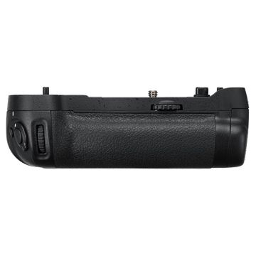 Nikon MB-D17 (MBD17) Battery Grip for D500 @ 24 % Off. Hurry Order Now!!!!