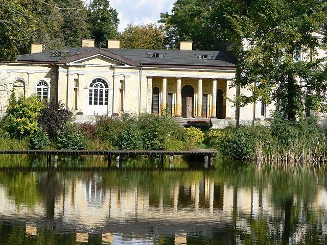 Offer   Manor Skórnice, District of Fałków, Świętokrzyskie Province   Nieruchomości zabytkowe, pałace dwory - BE HAPPY - pałace i dworki na sprzedaż