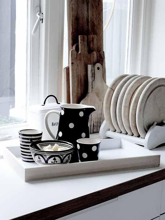 kitchen accessories..