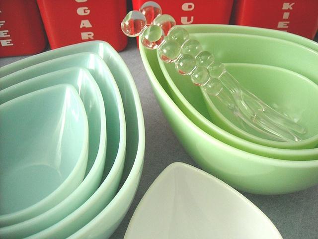 Fire King Swedish Modern bowls. Pretty sure this is something I need.