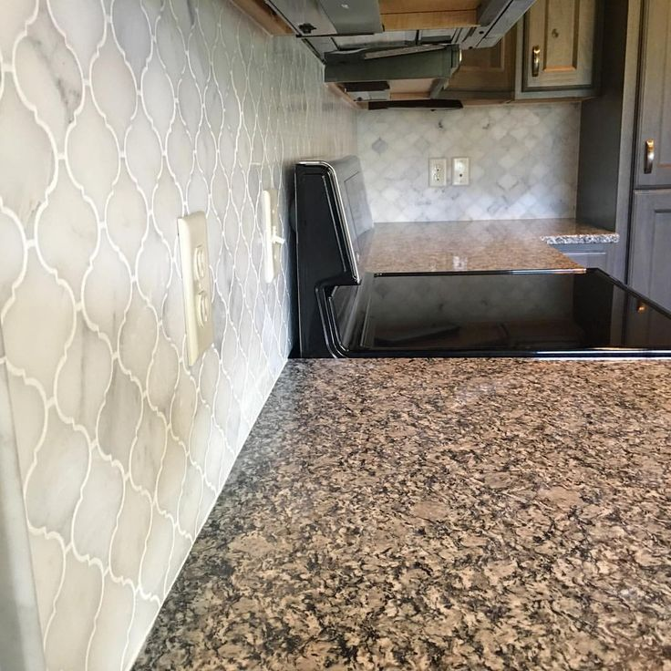 Kitchen Backsplash Marble 51 best venato carrara marble   white stone moraccon arabesque