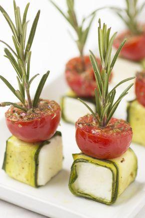 Hapjes voor je feestmenu - fetakaashapje met courgette en tomaat