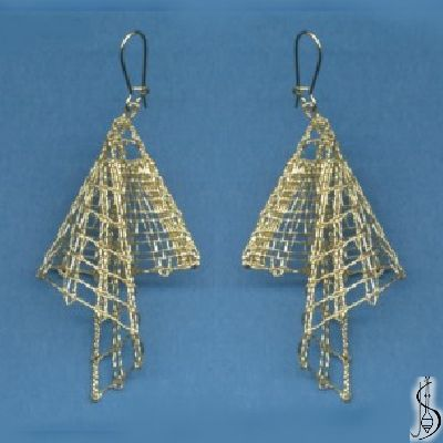 Earring No. 10808 Gold. Price: € 17 Other color variations are in the catalog. ............................ Protected by copyright!