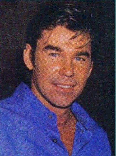 Clive Robertson (Ben/Derek) in Sunset beach 1997-1999