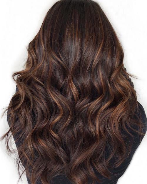 60 Superbe avec des reflets caramel sur les cheveux bruns et brun foncé #couleu…