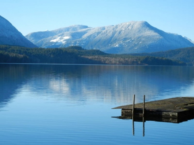 Sproat Lake, Port Alberni - notice the difference in the spelling