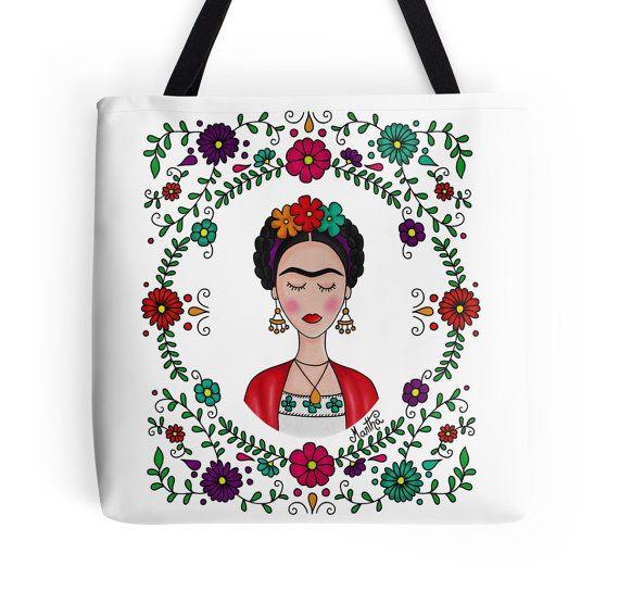 Este bello bolso lleno de flores y colores: | 24 Bellos productos inspirados en Frida Kahlo que querrás comprar ahora mismo