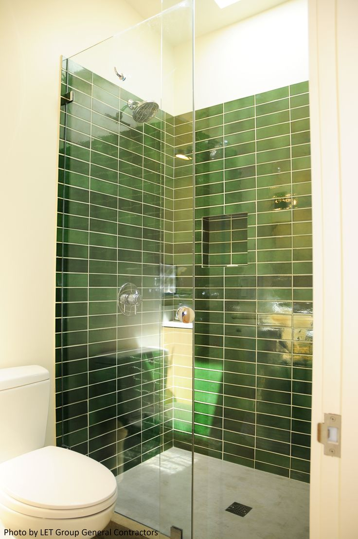 Beautiful contemporary bathroom with green ceramic subway for Beautiful modern bathrooms