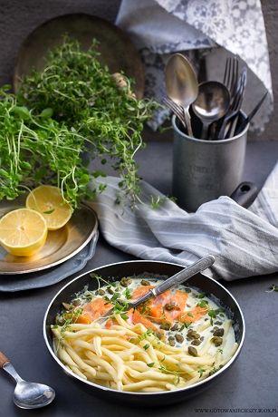 Wiem, że jedną z Waszych ulubionych kategorii na blogu są szybkie przepisy na dania obiadowe. Co chwilę dopytujecie o nowe propozycje dań 30-to minutowych i