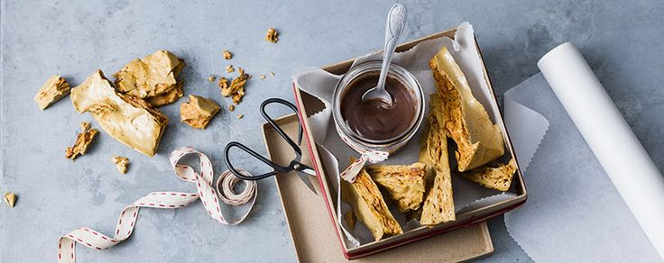 Re-create your Mum's favourite chocolate bar, the Violet Crumble in a new and exciting way!