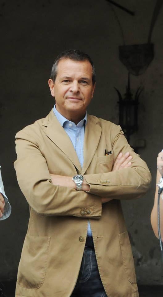 Rodolfo Pasquini - Dopo una lunga carriera di oltre 25 anni all'interno di Confcommercio Lucca, ne è diventato direttore provinciale nel 2011.
