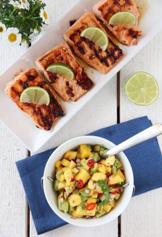 Grillet laks og mangosalsa