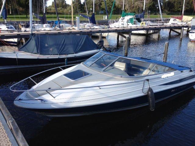 Deze Maxum 2100 SC is in zeer goede staat, zeer goed onderhouden en ook de motor, een inboard mercruiser 190 PK, verkeerd in zeer goede staat. Wilt u deze boot bezichtigen of een proefvaart maken? Neem dan even contact met ons op !   http://gooische-jachtmakelaars.nl/motorboten/maxum-2100-sc/