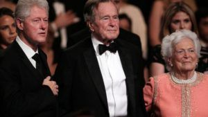 Invoice Clinton tweets about visiting Bushes in Houston