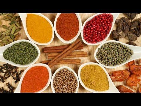 Video Dica - Chooran- 150 g de sementes de erva-doce (1 ½ xícara) + 75 g de folhas ou sementes (secas) de orégano (3 ½ xícaras) + 7,5 g de sal marinho (1 colher de sobremesa) e suco fresco de alguns limões. http://www.docelimao.com.br/site/limao/pratica/332-chooran-po-digestivo.html