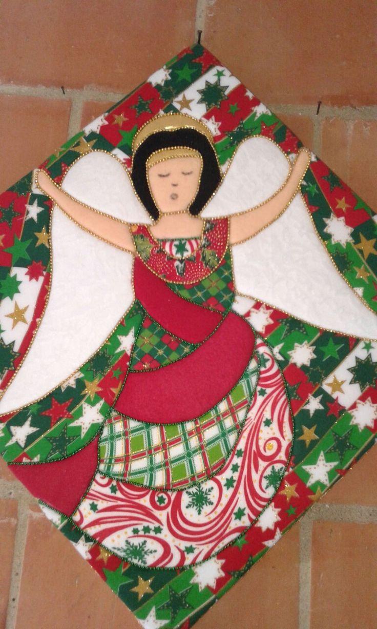 cuadro angel navideño tecnica patchwork