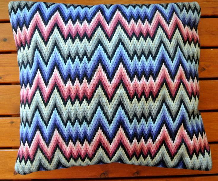 Exceptionelly well done vintage 1950s handmade red/ blue/ black/ grey wool yarn flat-seam embroidery square pillow with zigzag-pattern by NORDICARTLINENS on Etsy