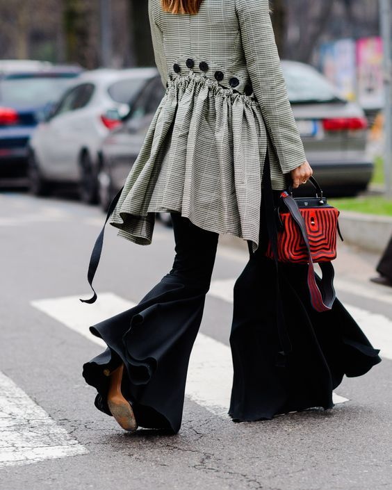 30 Stylish Ways to Wear Ruffles