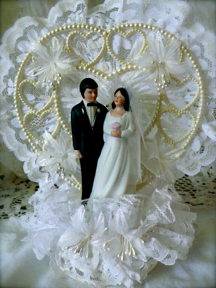 wedding cake toppers central coast 25 best ideas about 1980s wedding on tissue 26436
