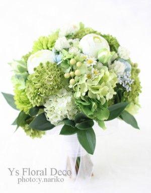 グリーンたっぷりのクラッチブーケ アーティフィシャルフラワー ys floral deco