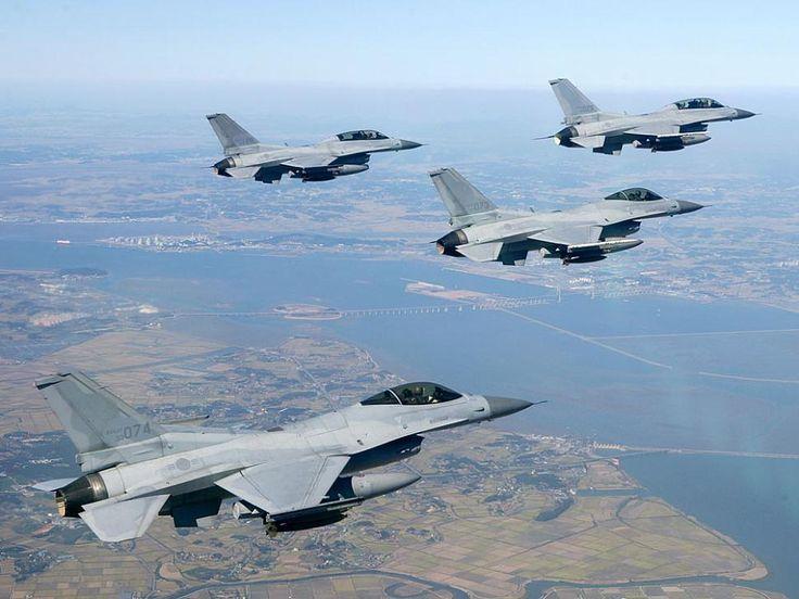 Republic of Korea Air Force KF-16C Fighting Falcons.