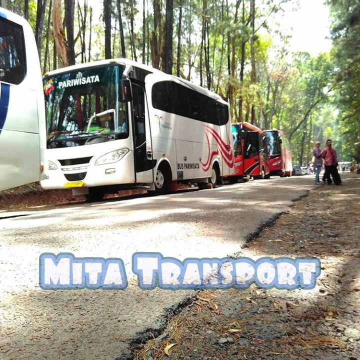 Bus Pariwisata Seat 30 termasuk kategori bus pariwisata berukuran medium yang memiliki kapasitas 30 kursi penumpang.  Sewa Bus Solo dengan f...