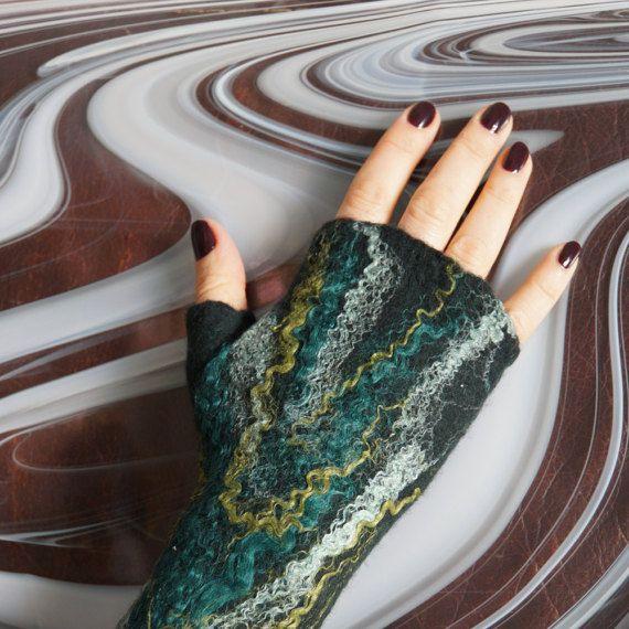 Felted mittens Fingerless felt mittens Felted by SwellEcoFashion